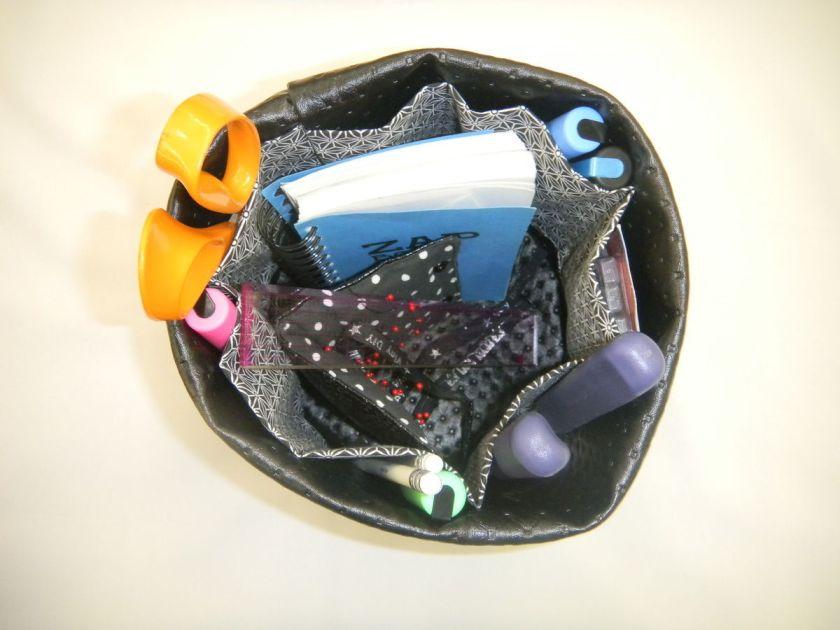 Panière ronde multi-poches