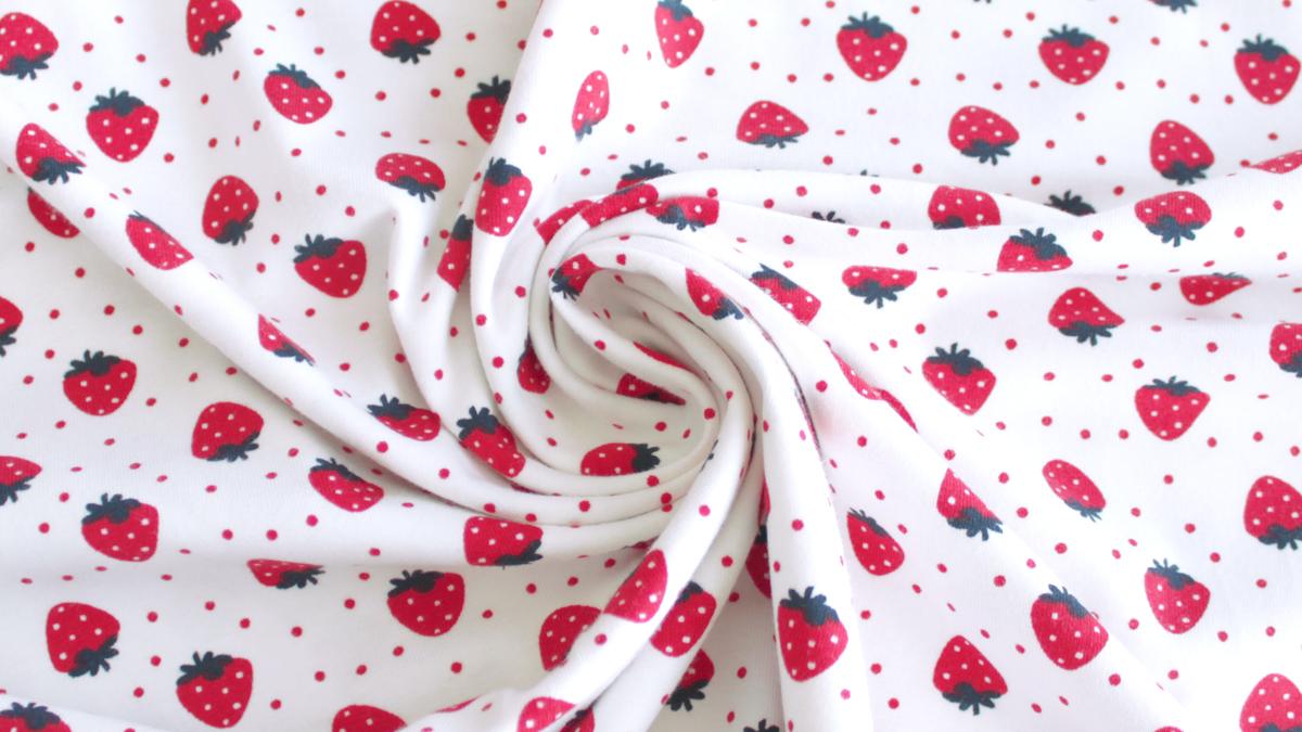 Tissu jersey à motifs fraises - mercerie en ligne